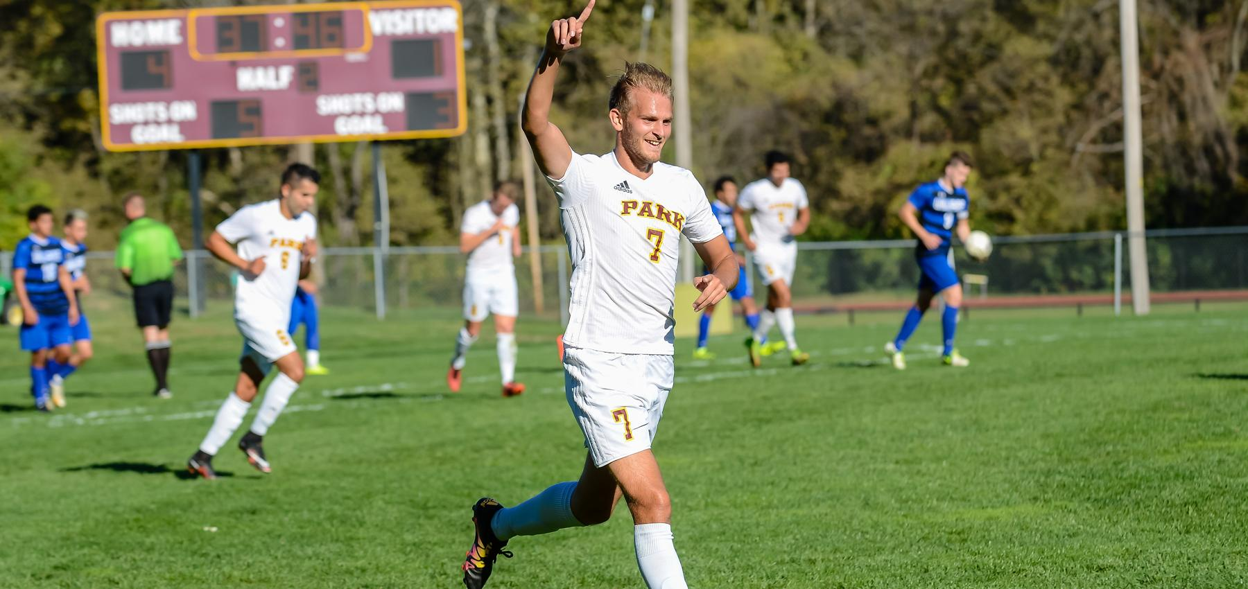 Daniel Jackson assisted on the game-winning goal against Briar Cliff.